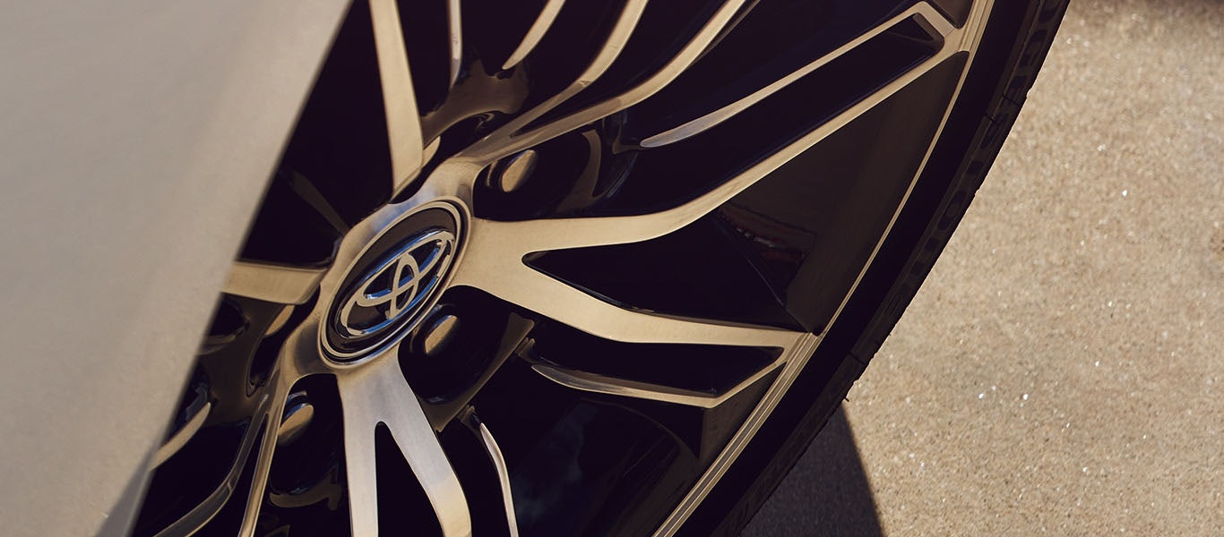 2021 Toyota Avalon Wheel expanded gallery image