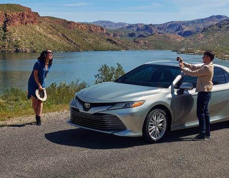 2018 Toyota Camry Hybrid | BuyaToyota.com