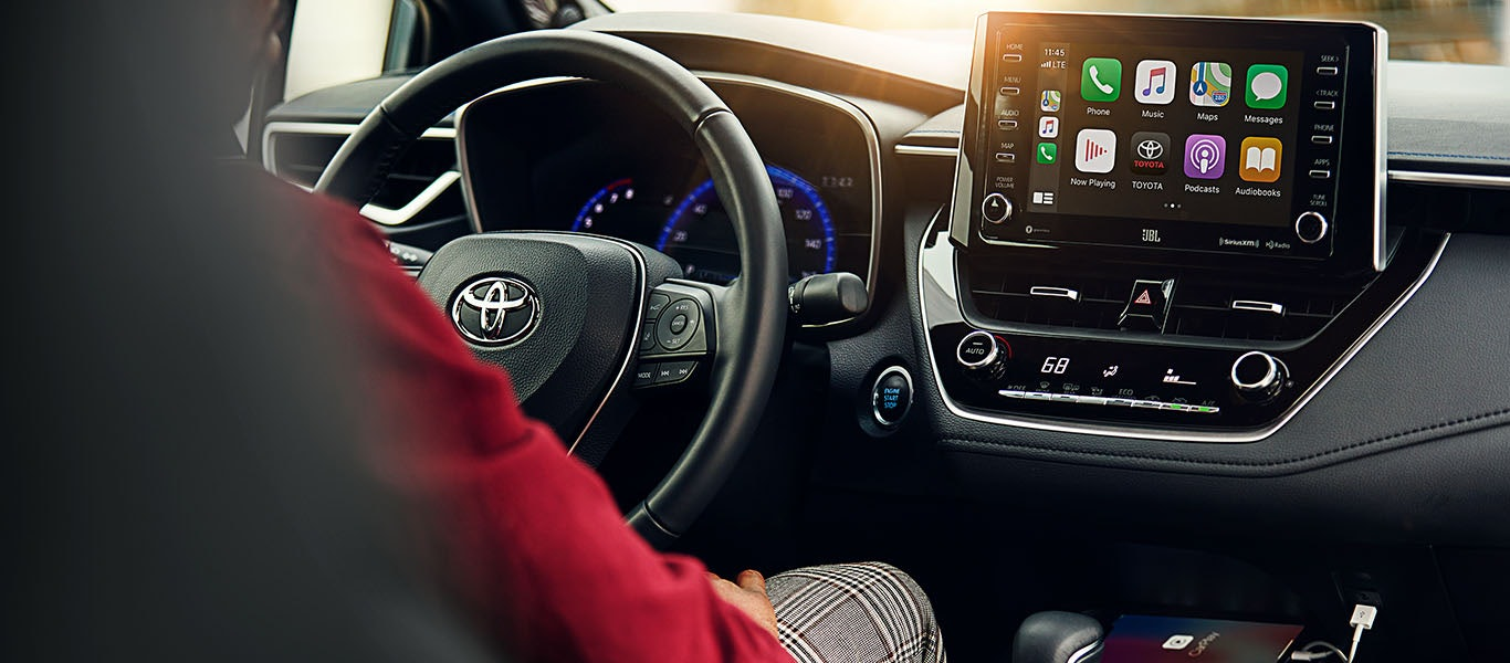 2020 Toyota Corolla Hybrid Apple CarPlay expanded gallery image
