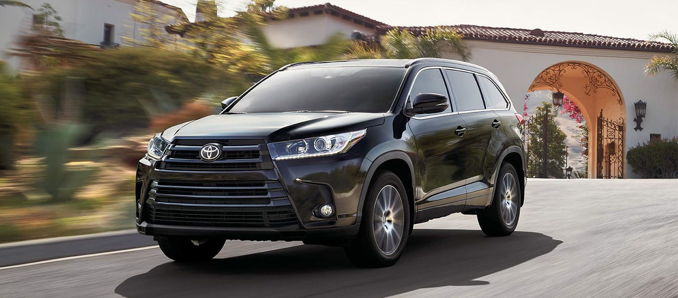 2017 toyota highlander. Black Bedroom Furniture Sets. Home Design Ideas