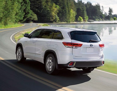 Built For The Family Adventure 2019 Toyota Highlander Hybrid