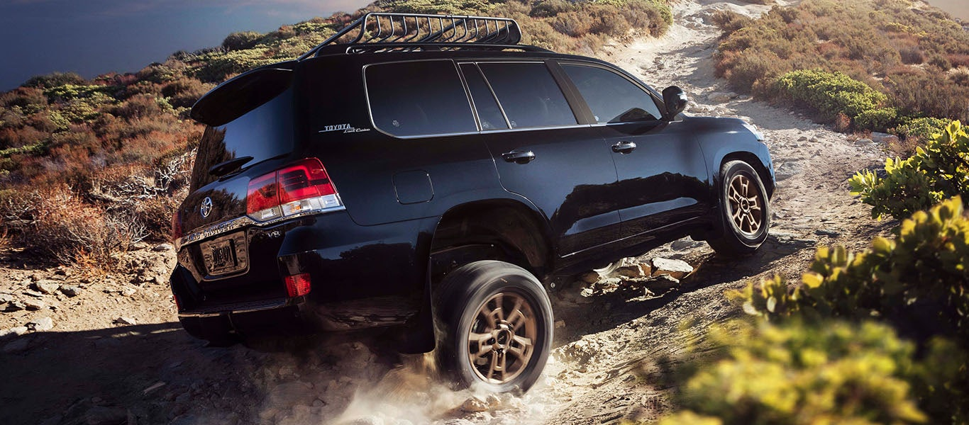 2020 Toyota Land Cruiser suspension expanded gallery image