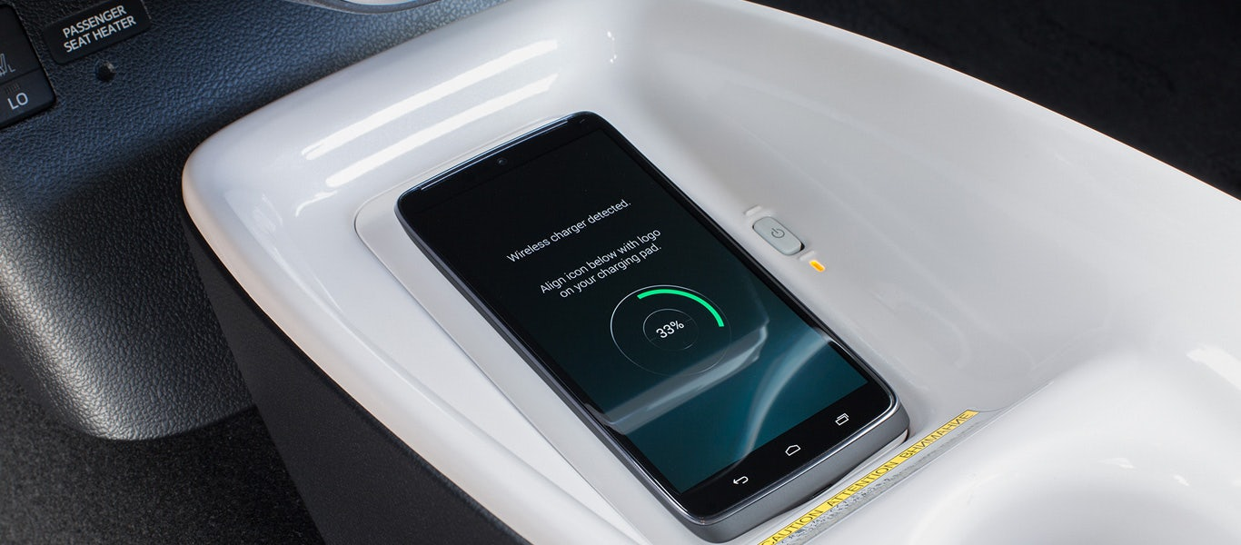 Qi-Compatible Wireless Charging<sup class=&quot;color-red footnote&quot;><a href=&quot;#&quot; class=&quot;js-disclaimer-local&quot;>3</a></sup>