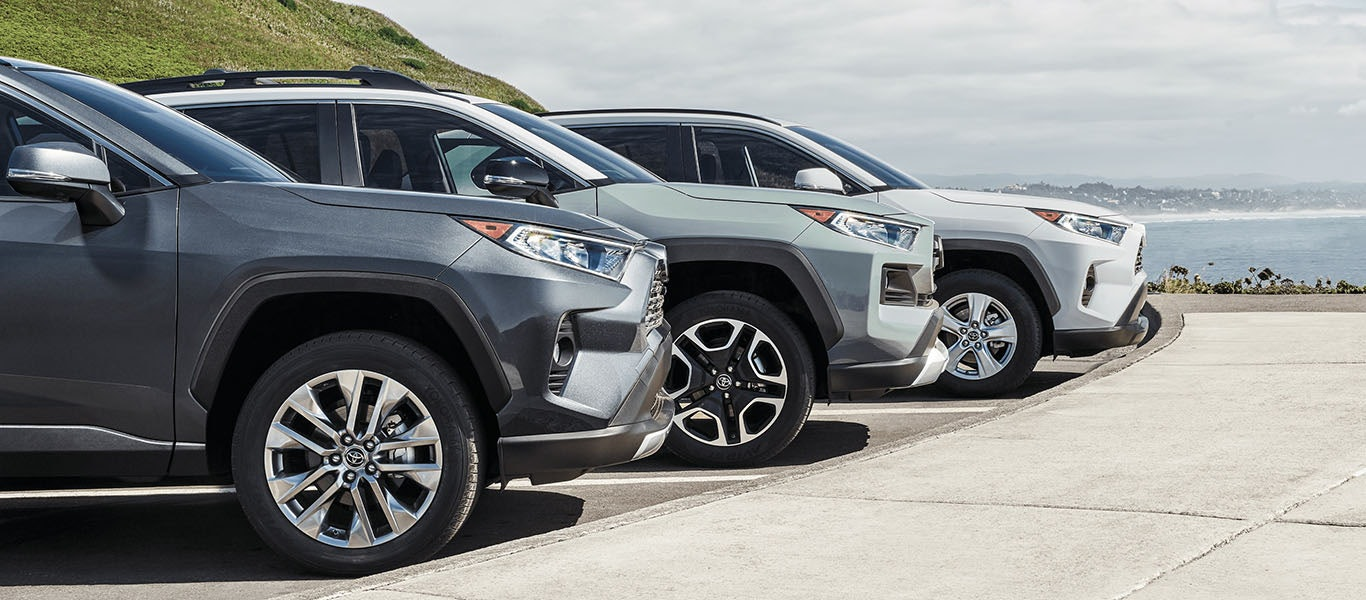 2021 Toyota RAV4 wheel expanded gallery image
