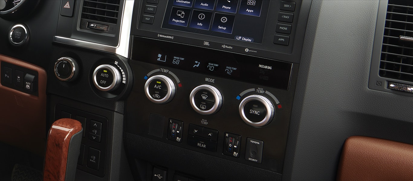 Heated and Ventilated Front Seats and Tri-zone Climate Controls Gallery